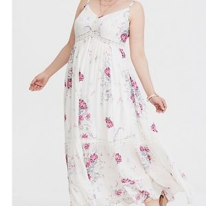 Torrid Ivory Floral Challis Max Dress